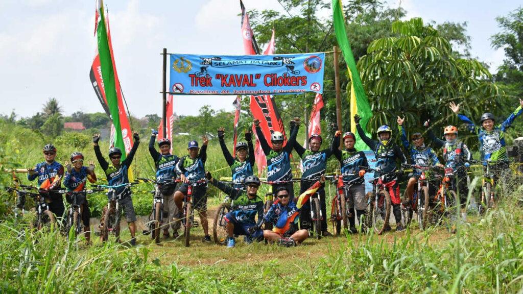 Cilodong Bikers 8